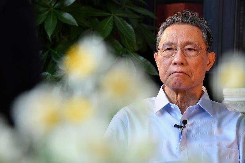 Академик Жонг Наншан (Картина 1)